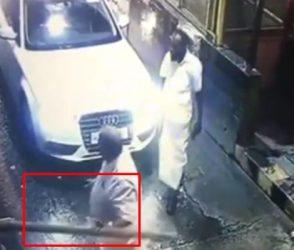 Video: ટોલ આપવાનું કહ્યું તો ભડક્યો MLA, બેરિકેડ તોડીને કર્યો હંગામો