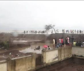 દરિયાનું પાણી ગામમાં આવવાનો લોકોને ભય, જુઓ  Video