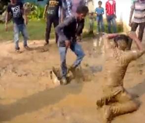 બહુ ફર્યા, પણ દુનિયામાં આવો નાગિન ડાન્સ નથી જોયો, Video
