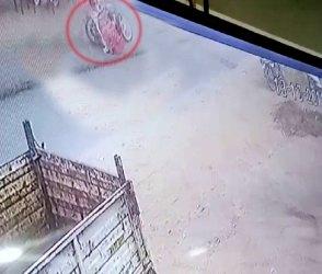 Video: વડોદરામાં સર્જાયેલા ગોઝારા અકસ્માતના CCTV ફૂટેજ જોઇ હચમચી જશો