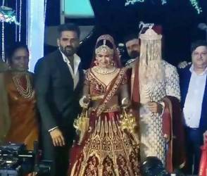Photos: યુવિકા અને પ્રિંસનાં લગ્નમાં પહોંચ્યા સ્ટાર્સ, સુનીલ શેટ્ટી પણ જોવા મળ્યો