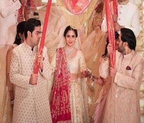 Photos: ઇશા અંબાણીના લગ્નમાં બચ્ચનથી લઇ દીપવીર-પ્રિયંકા-નિકથી લઇ આખું બોલિવુડ ઉમટયું