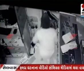 મોબાઈલ દુકાનમાં ચોરીની ઘટના થઇ CCTVમાં કેદ