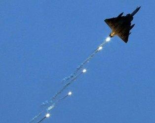 પાકિસ્તાને સરહદ પર તૈનાત કર્યા F-16, વાયુ સેનાએ મોદી સરકારને કહ્યું કે…