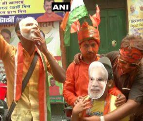 PHOTOS: રૂઝાનમાં BJPની પ્રચંડ જીત, દેશભરમાં ઉજવણીનો દોર શરૂ