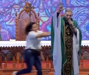 VIDEO: મેદસ્વિતા પર ધર્મગુરૂએ એવી ટિપ્પણી કરી કે, મહિલાએ હજારો લોકોની સામે…