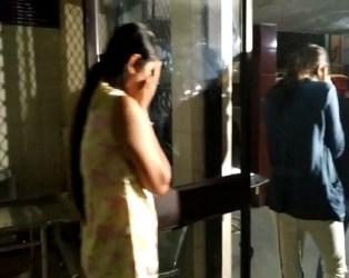 ગાંધીનગર પાસે માધવ ફાર્મ હાઉસમાં ઝડપાઇ હાઇપોફાઇલ મહેફિલ પાર્ટી, 14 યુવક- યુવતીઓ ઝડપાઇ