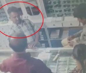 છાતીના પાટિયા બેસાડી દે તેવો Video, ચાલુ દુકાને વેપારીને હાર્ટએટેક આવ્યો અને ઢળી પડ્યો…