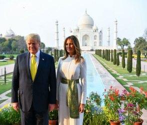 """Photos: પ્રેમના પ્રતિક તાજ મહેલનો દીદાર કરી અમેરિકાના રાષ્ટ્રપતિ ટ્રમ્પ બોલી ઉઠ્યા """"અદ્ભૂત"""""""