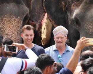 ક્રિકેટ જગતને મોટો ઝાટકો, IPLની કૉમેન્ટ્રી માટે મુંબઈ આવેલા AUSના દિગ્ગજ ક્રિકેટરનું નિધન