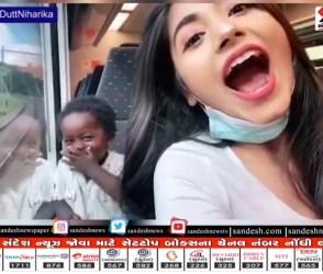 Viral Video: ટ્રેનમાં છોકરીએ આપી ફ્લાઈંગ કિસ, છોકરાએ જોતા જ મોઢા પર હાથ રાખ્યો અને પછી….
