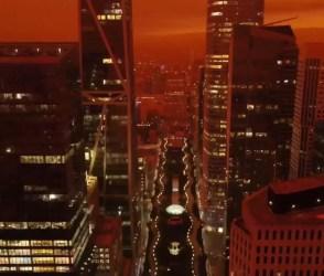 VIDEO: આગના કારણે સર્જાયેલી તારાજી જોઈને આંખો ફાટી જશે, આખા આકાશનો રંગ જ બદલાઈ ગયો
