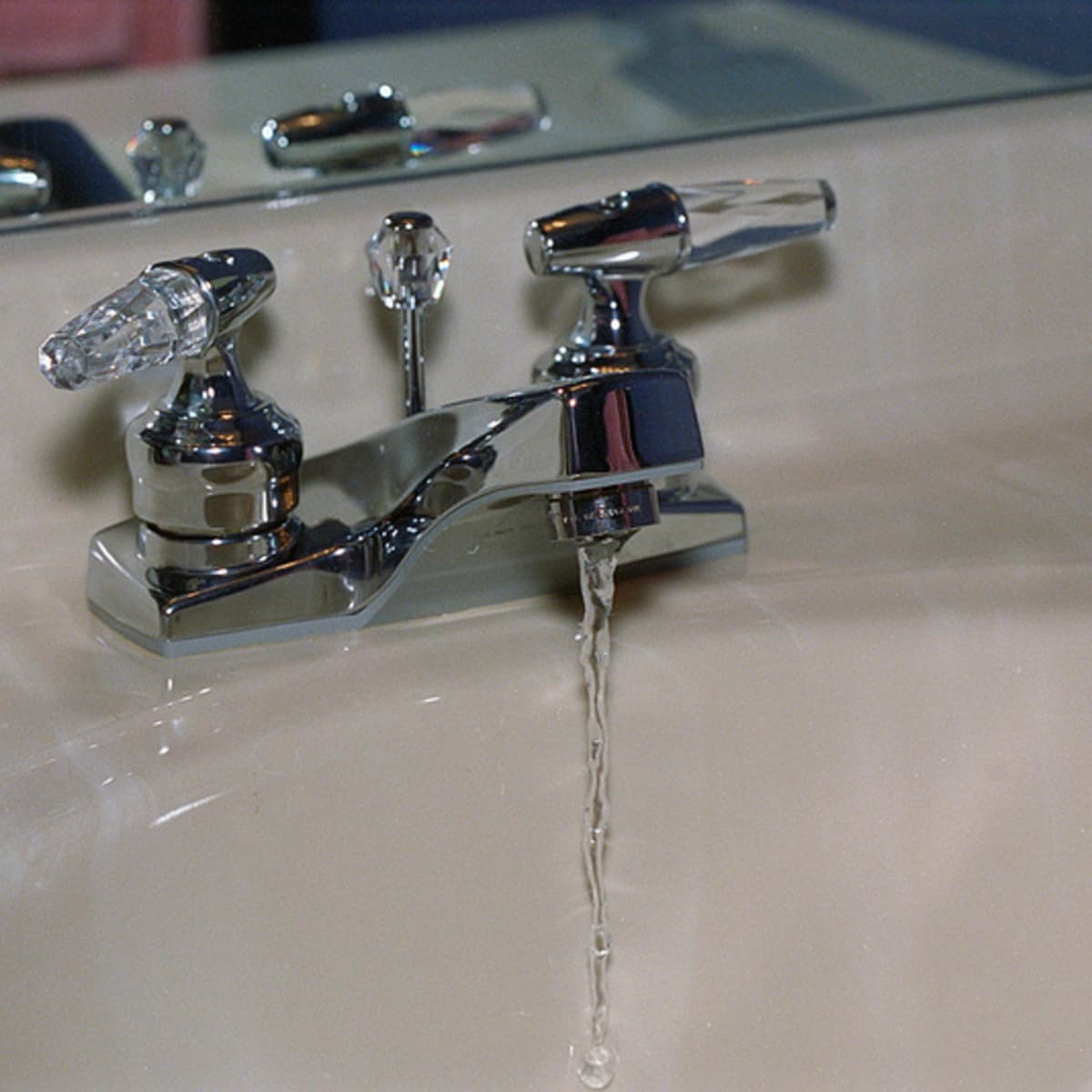 clear a blockage in a sink faucet