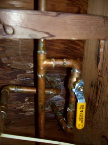 leaking bathroom faucet