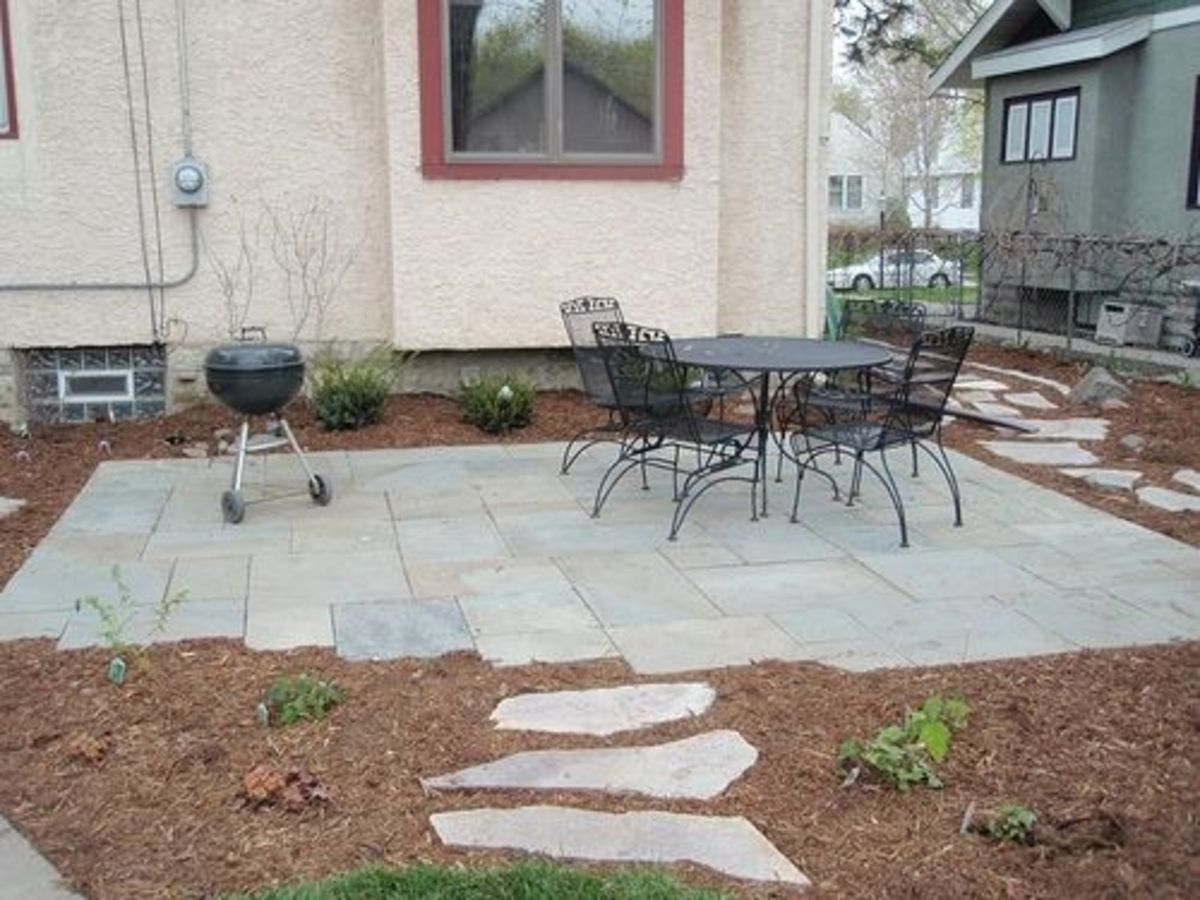 how to build a small backyard patio
