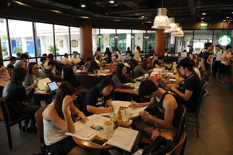 Should Cafes Kick Out Students Who Are Hogging Tables To
