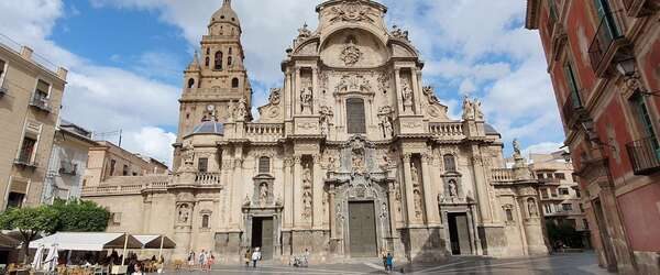 Ontdek Murcia: een verrassende stad in een levendige omgeving!