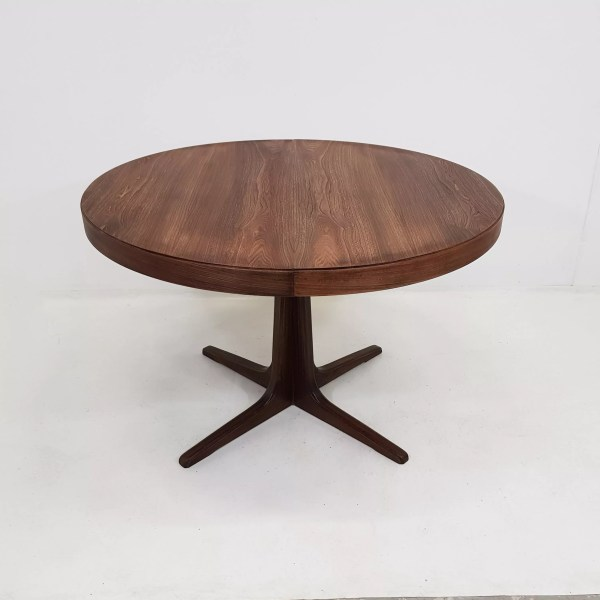 table ronde vintage scandinave extensible danoise sur pied central 1960 selency