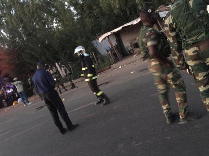 [Photos-Vidéo] Collision entre un véhicule de l'Armée et 1 Ndiaga Ndiaye : Un mort et plusieurs blessés à Keur Massar