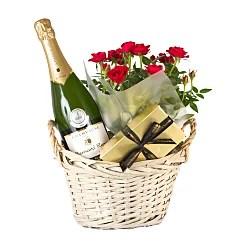 Hampers Traditional Luxury Gifts Serenataflowers