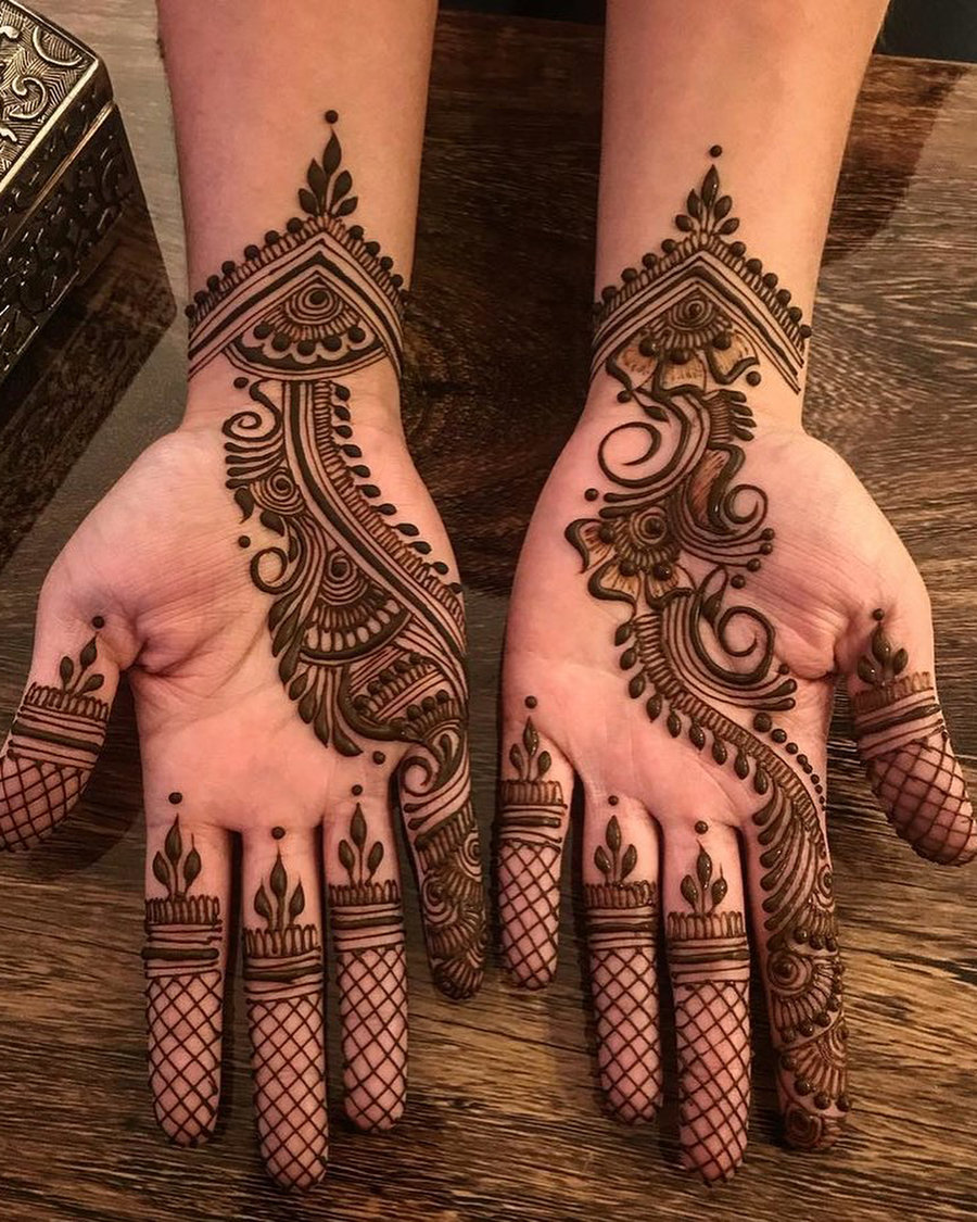 Very Easy And Simple Arabic Mehndi Designs