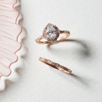 Vintage Oval Halo Diamond Engagement Ring in 14k Rose Gold ...