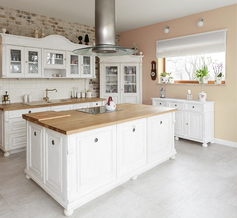 Inviting Ivory from Sherwin Williams on kitchen wall