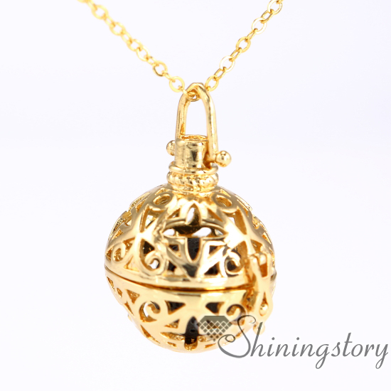 ball engraved locket essential