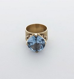 Vintage James Avery Gold Ring With Synthetic Aquamarine