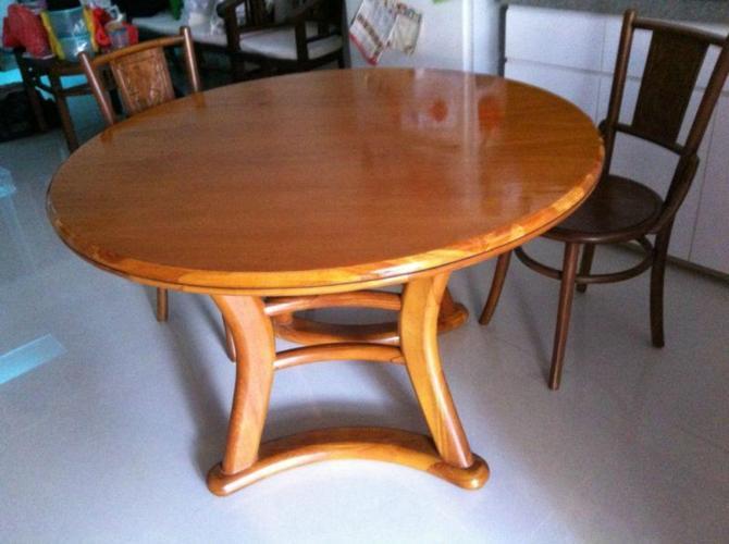 4FT Diameter Round SCANTEAK Solid Teakwood Dining Table