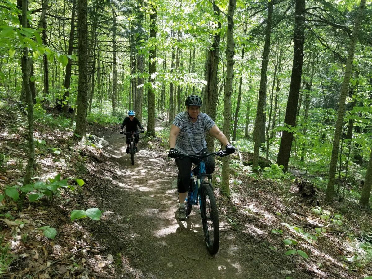 Sherburne Trails Mountain Bike Trail in Killington. Vermont    SINGLETRACKS.COM