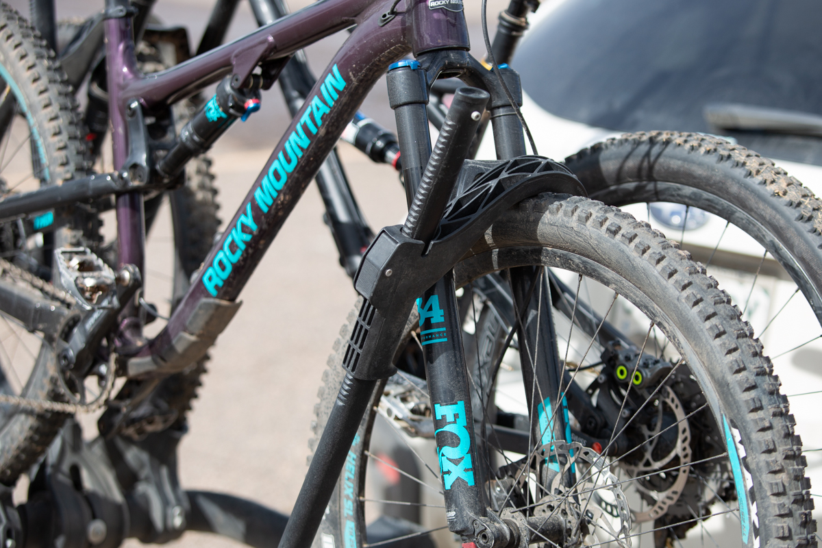 review kuat transfer hitch rack and