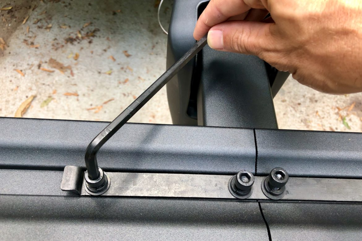 tire hold bike hitch rack from inno