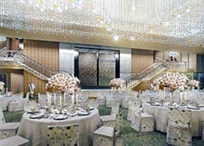 Antilia's massive dining room. Computer generated image: Hirsch Bedner Associates.