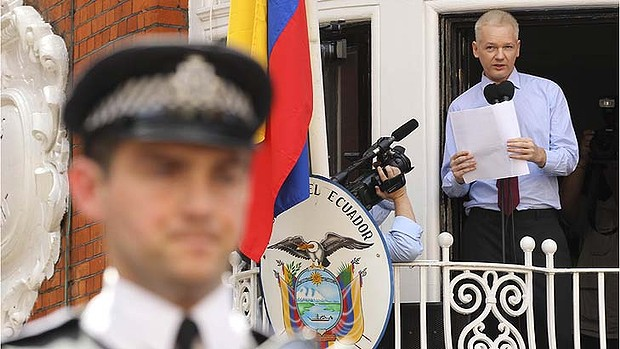 Wikileaks founder Julian Assange makes a statement from the balcony of the Ecuador embassy in London.