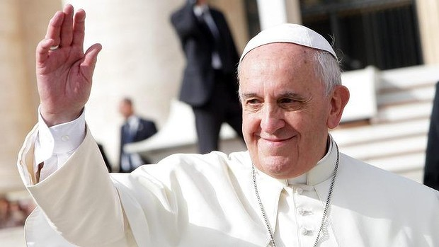 Pope Francis has written to Tony Abbott, calling for the G20 to not forget the world's poor.