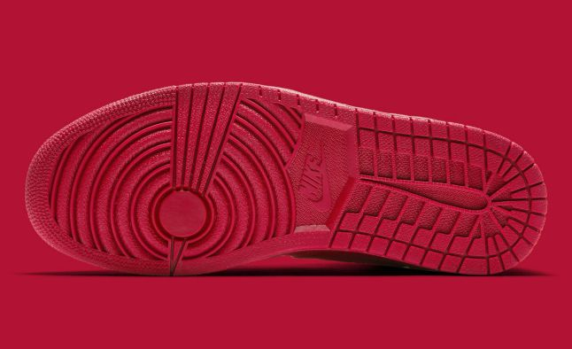 Air Jordan 1 High Red Suede Release Date Sole 332550-603
