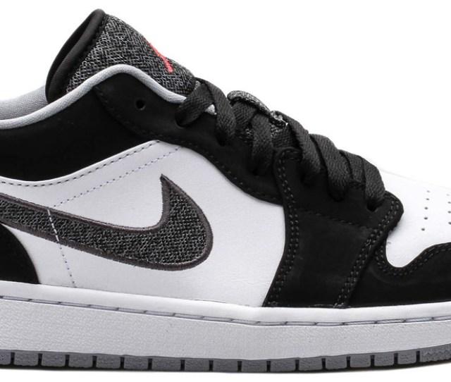 Air Jordan  Low Lifestyle Infrared