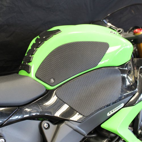 small resolution of tech spec snake skin tank grip pads for zx6r 13 18