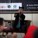 Fotografer difabel asal Banyuwangi, Achmad Dzulkarnain. (M. Ferri Setiawan /JIBI/Solopos)