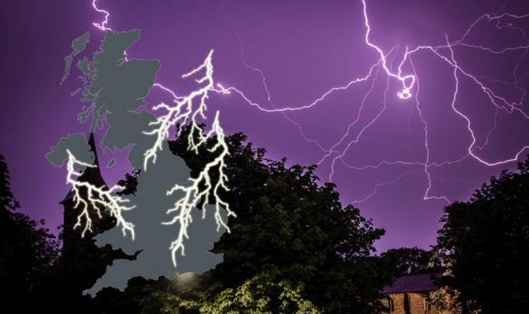 uk lightning tracker mapped