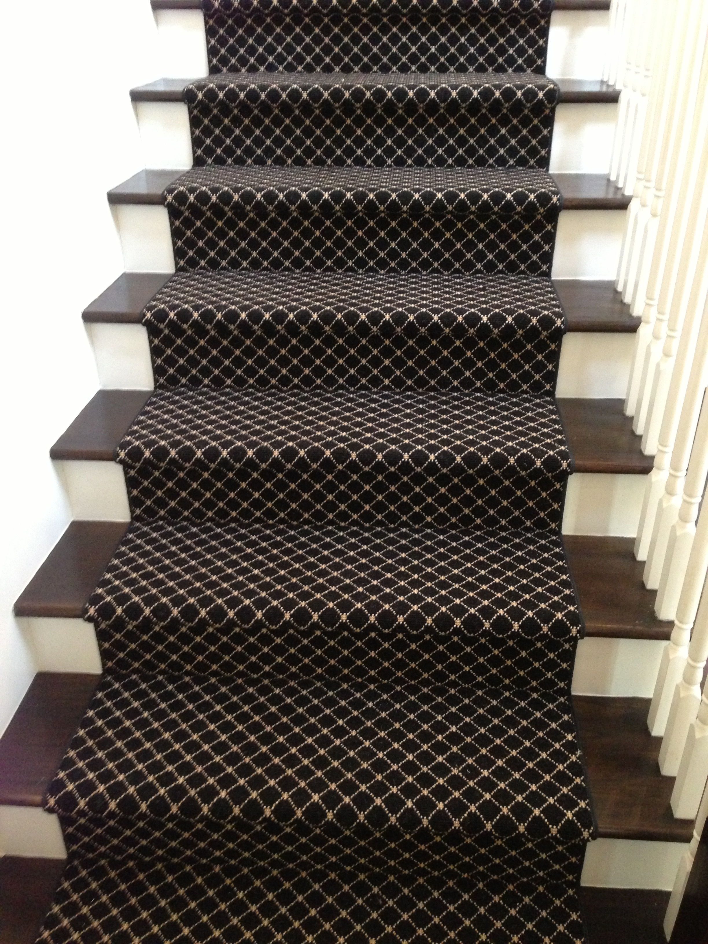 Should I Carpet My Stairs With The Same Carpet I Use Upstairs | Low Pile Carpet For Stairs | Laminate | Unusual | Looped | Antelope | Bedroom