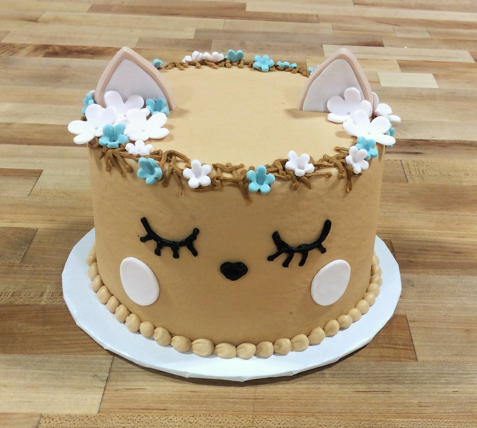little deer round cake