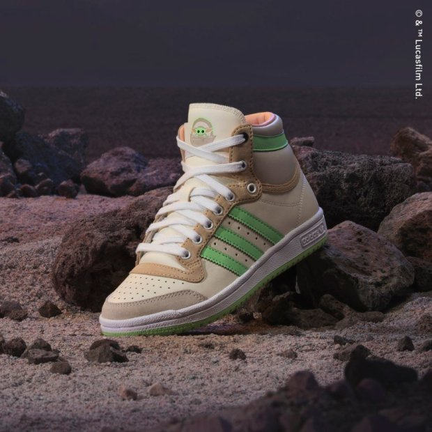 Top_Ten_The_Child_Shoes_White_GZ2746_HM1.jpg