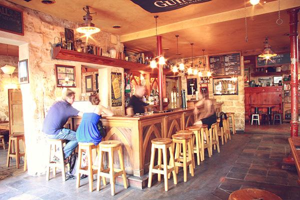the bar page fitzpatricks irish pub
