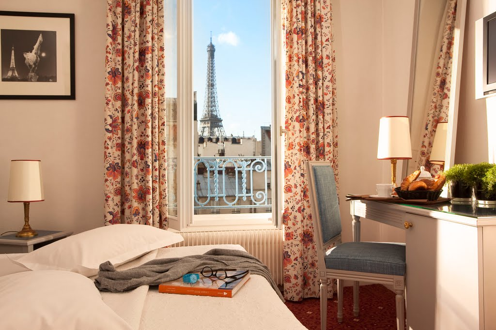 8 Hotels Near The Eiffel Tower With A Paris View The Most