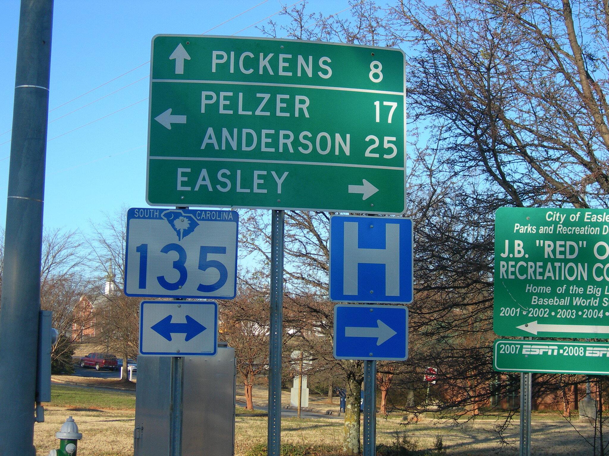 Highway signs in South Carolina. Image via Flickr .