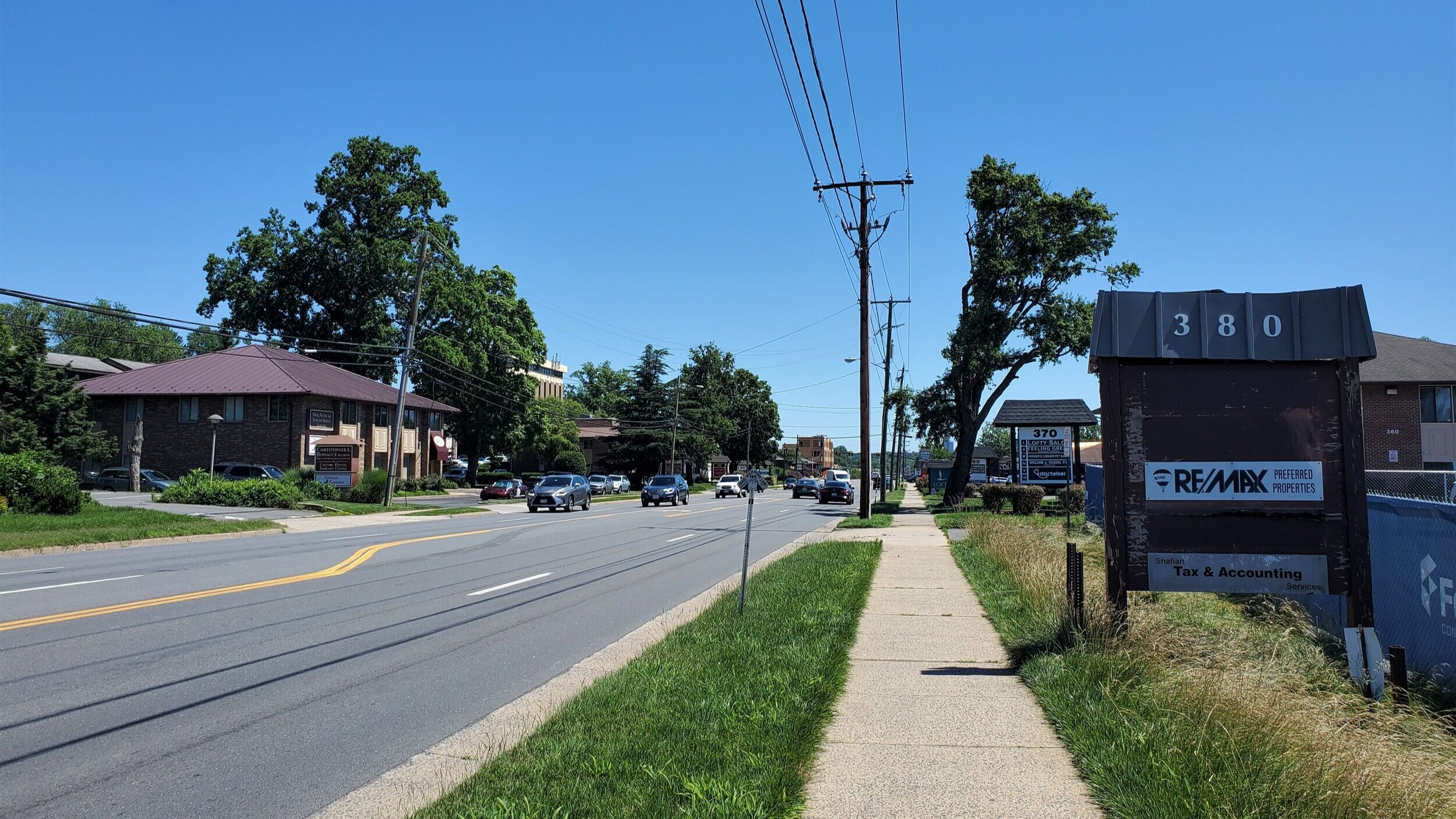 View along commercial stretch of Maple Avenue right outside the town center.