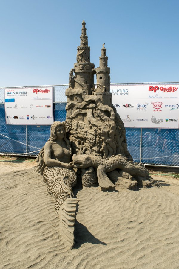Admiring Parksville Sand Sculpting Competition
