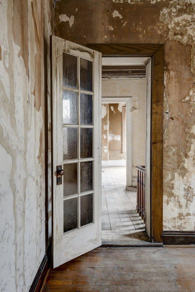 78 Interior Auburn NY Castle Home For Sale Auction Listings Real Estate Agent Broker Michael DeRosa .JPG